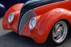 旧车改装的高速马力汽车前端 免版税库存照片