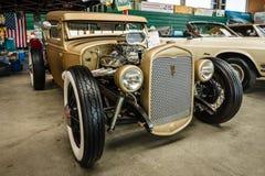 旧车改装的高速马力汽车小轿车福特模型A, 1931年 库存照片