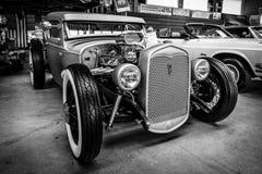 旧车改装的高速马力汽车小轿车福特模型A, 1931年 免版税库存照片