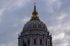 旧金山政府大厦建筑学圆顶在市政中心区,旧金山,加州 库存照片