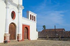 旧金山教会在格拉纳达尼加拉瓜 图库摄影