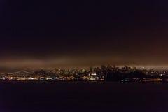 旧金山湾全景在黎明 免版税库存图片