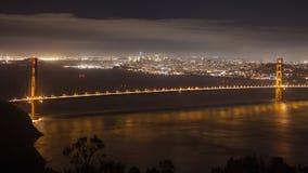 旧金山湾在晚上 免版税库存照片
