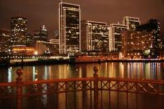 旧金山码头&城市Ligh 库存照片