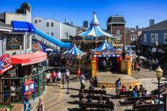 旧金山码头39转盘和阶段 库存图片