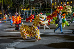 旧金山,加利福尼亚- 2017年2月11日:春节庆祝游行在普遍和五颜六色的唐人街 免版税库存图片