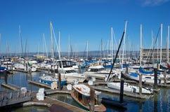 旧金山,加州,美国- 2016年3月:在城市海湾的码头39 免版税库存照片