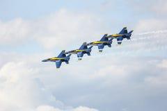 旧金山,美国- 10月8日:在展示期间的藏青色天使在SF 2011年10月8日的舰队星期在旧金山,美国 库存照片
