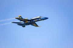 旧金山,美国- 10月8日:在展示期间的藏青色天使在SF 2011年10月8日的舰队星期在旧金山,美国 免版税库存图片