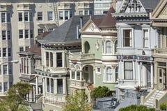 旧金山,美国- 4月07日:阿拉莫斯广场-被绘的Ladie 库存照片