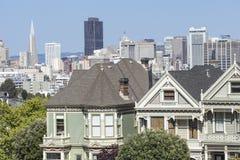 旧金山,美国- 4月07日:阿拉莫斯广场-被绘的Ladie 免版税图库摄影