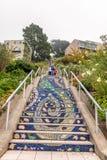 旧金山- 2017年8月5日:16 Ave铺磁砖了步 他们是f 库存照片