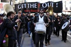 反对氟化物的抗议 库存图片