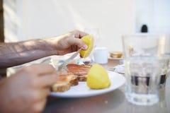 早午餐桌 免版税库存照片
