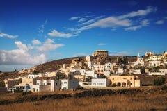 早晨光的Akrotiri村庄,圣托里尼海岛 库存照片