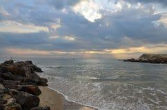 早晨和日出时间在帽子晁Samran靠岸 免版税库存照片