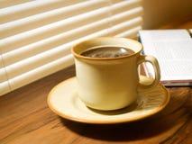 早晨咖啡。 库存图片