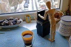 早晨咖啡和摄影抽象宽 免版税库存照片