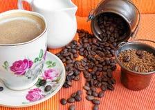 早晨咖啡静物画 免版税库存照片