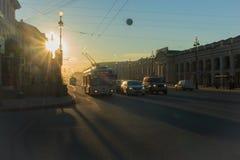 早晨在城市 免版税库存照片