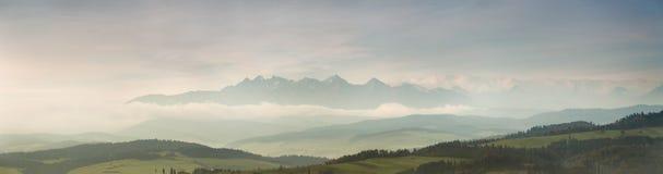 早晨有Tatras看法  库存图片