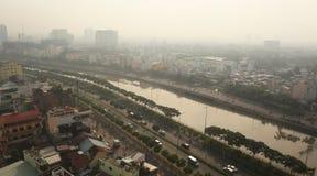 早晨薄雾的胡志明市,西贡,越南 免版税库存图片