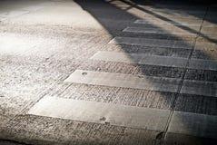 早晨行人穿越道 免版税图库摄影