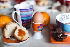 早晨鸡蛋的早餐立场 免版税库存照片
