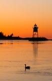 早晨轻的港口盛大马瑞斯灯塔苏必利尔湖Minne 免版税库存照片