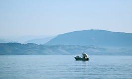 早晨Fishboat 免版税库存图片