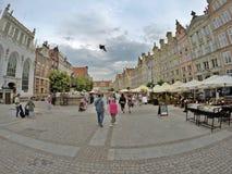 早期的春天在格但斯克 这个美丽的城市的市中心 波兰2017年 免版税库存照片