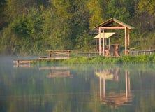 早期的湖早晨 图库摄影