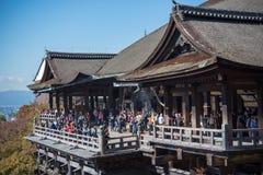 早期的秋天清水寺寺庙 库存照片