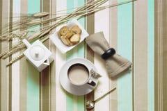 早餐和多士 免版税库存图片