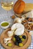 早餐干酪橄榄 免版税库存图片