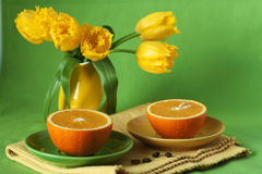 早餐水多的桔子 免版税库存图片