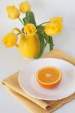 早餐水多的桔子 免版税图库摄影