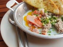 早餐泰国食物样式:特写镜头,泛油煎的鸡蛋用猪肉 库存照片