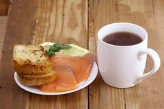 早餐茶三明治与 库存照片