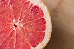 早餐葡萄柚服务 免版税库存照片