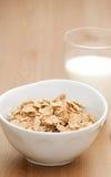 早餐食品玻璃牛奶 免版税库存照片