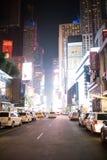 时代广场在晚上在街市曼哈顿,纽约 图库摄影