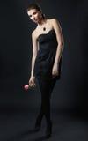 时尚时髦的画象yong妇女 免版税库存图片