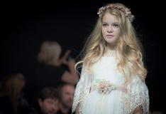 时尚星期在莫斯科2017年 儿童SPAIN/LA MODA巴拉NIÃ ` OS的西班牙时尚 免版税库存照片
