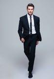 时尚男性模型的全长画象 免版税图库摄影