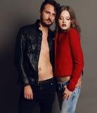 时尚美好的性感的夫妇演播室照片  免版税库存图片