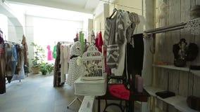 时尚,现代精品店内部,女性商店 股票视频