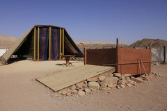 临时房屋的式样真正的大小在沙漠由以色列的人民builded在摩西指令下 免版税库存照片