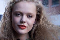 时装模特儿费莉达・古斯塔夫臣秀丽画象在纽约 库存照片