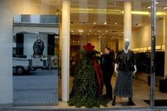 时装模特礼服当圣诞树 免版税库存照片